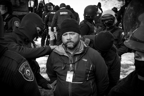 Noah-Michael Treanor Standing Rock Journalist Ed Higgins being arrested on February 23rd, 2017
